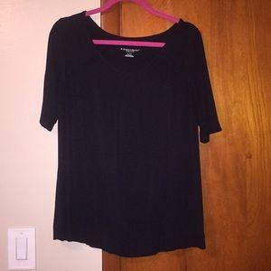 Black shirt Bundle 4/$15📦